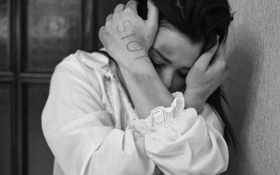 Définir la violence domestique : Vivez-vous dans un foyer abusif ?