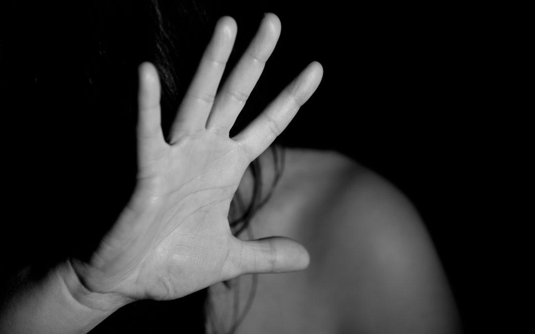 La violence domestique augmente pendant le COVID-19