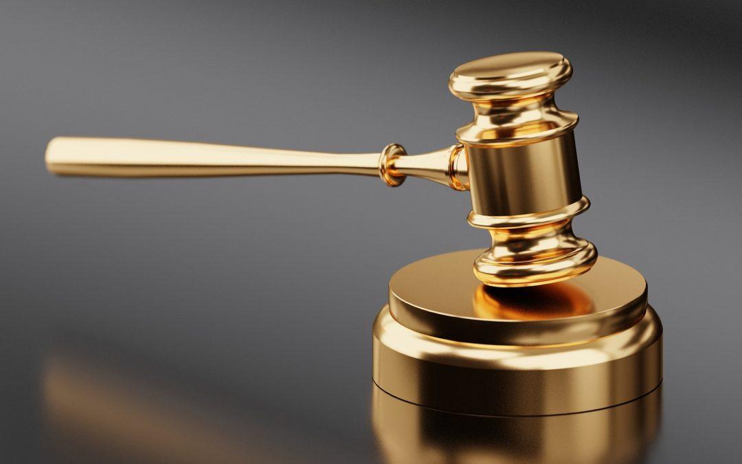 Ce qu'il faut considérer avant d'accepter un arbitrage contraignant