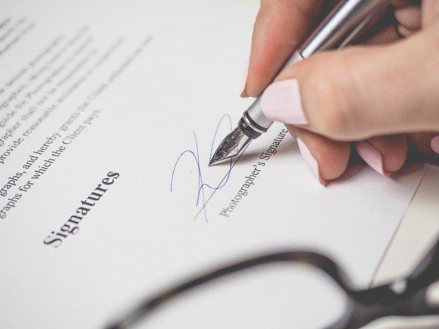 Faire appel à un avocat en droit pénal : tout ce que vous devez savoir