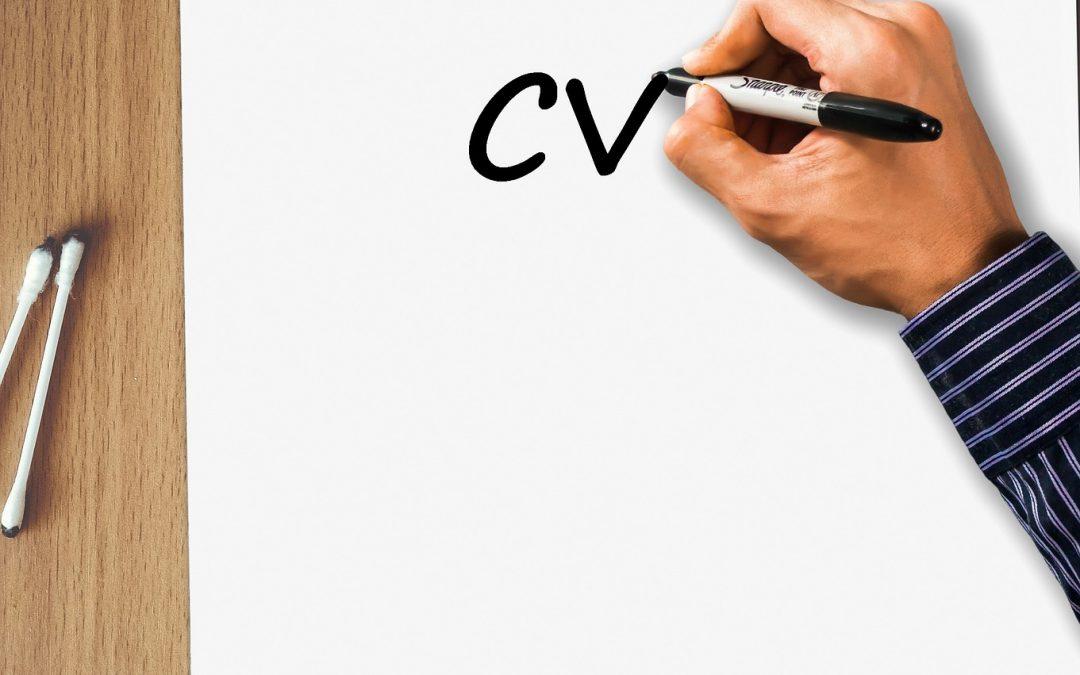 Curriculum vitae d'un conseiller juridique d'entreprise – Attirez l'attention sur votre recherche d'emploi dans une entreprise